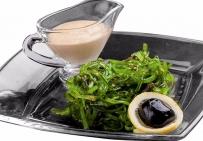 Чука салат из водорослей