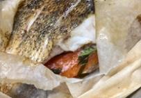 Филе судака с самбукой в папийоте