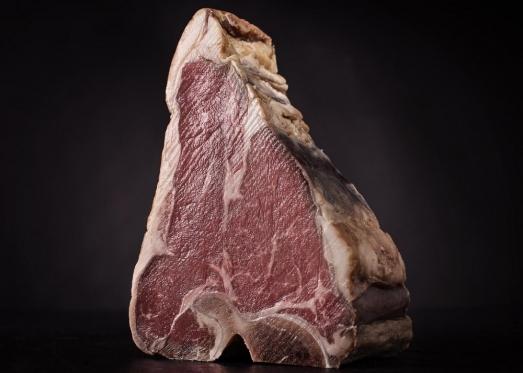 Стейк Портерхаус из поясничной части говядины в сыров миде - фото. Доставка мяса в Харькове